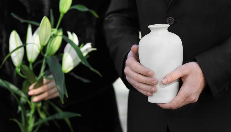 葬儀の違いって何?知っておきたい種類や特徴